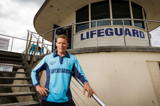 Livräddarna på Bondi Beach TV4 Fakta söndag  kl 19:25