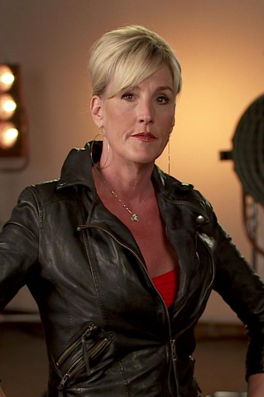 sociological perspectives of the film erin brockovich Free essay: in the film erin brockovich, several different social theories can be related to the storyline of the film although different, theories from.